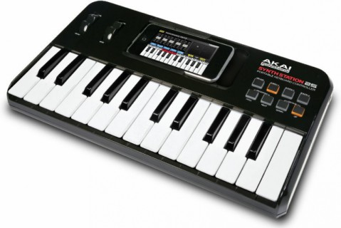 AKAI PRO SynthStation25